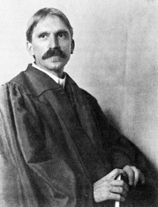 250px-John_Dewey_in_1902